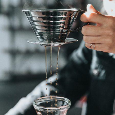Как материал пуровера влияет на экстракцию кофе?